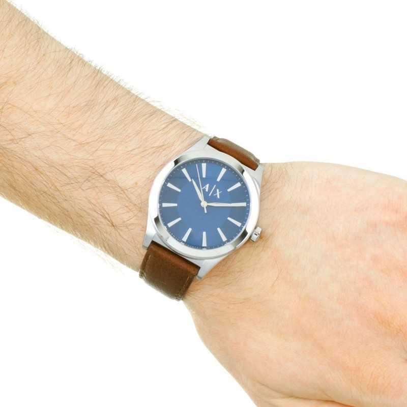 eae145f9c ... أرماني إكستشانج سمارت ساعة جلد طبيعي للرجال مقاومة للماء لون بني مينا  زرقاء AX2181